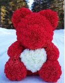 Мишка с сердцем из искусственных красных роз из фоамирана 38 см  (не мягкий)